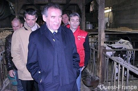 Avranches : dernière visite de campagne de François Bayrou