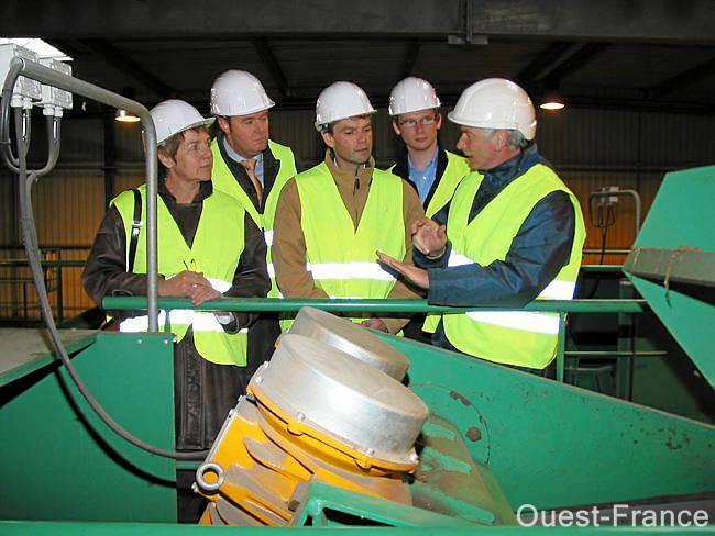 Visite concluante du site de traitement des déchets ménagers pour les candidats aux Régionales.