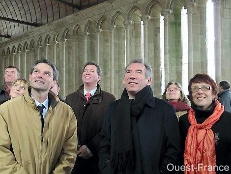 Odile Le Crosnier, Gabriel Daube, Rodolphe Thomas et François Bayrou au Mont-Saint-Michel