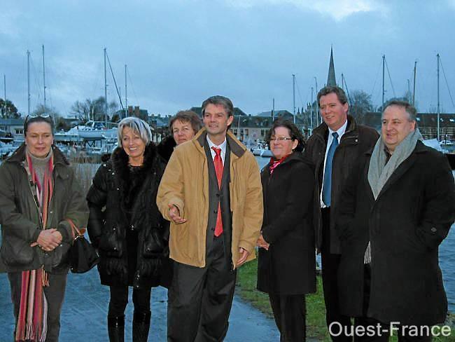 Gabriel Daube et Rodolphe THomas à Gouville-sur-Mer avec les conchyliculteurs (Filière conchylicole)