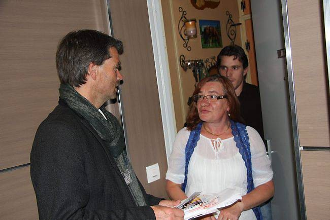 Rodolphe Thomas en porte à porte